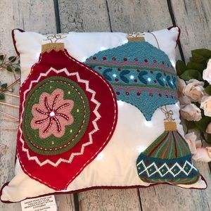 Nwt Pier 1 light up Christmas pillow ornaments red